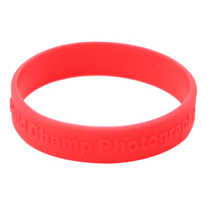 Skyee Custom silk print embossed rubber silicone bracelet with logo print engrave silicone wristband