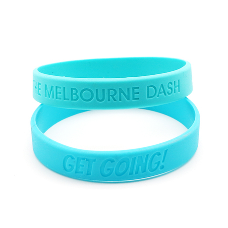 Skyee Wholesale No Minimum Debossed Silicone Bracelet Free Design