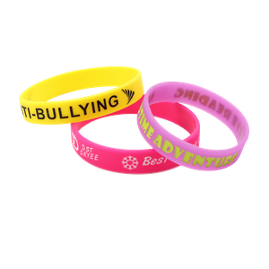 Skyee New Item Manufacturers Selling Custom Silicone Wrist Band Cheap Debossed Color Fill in Silicone Wristband with Your Logo